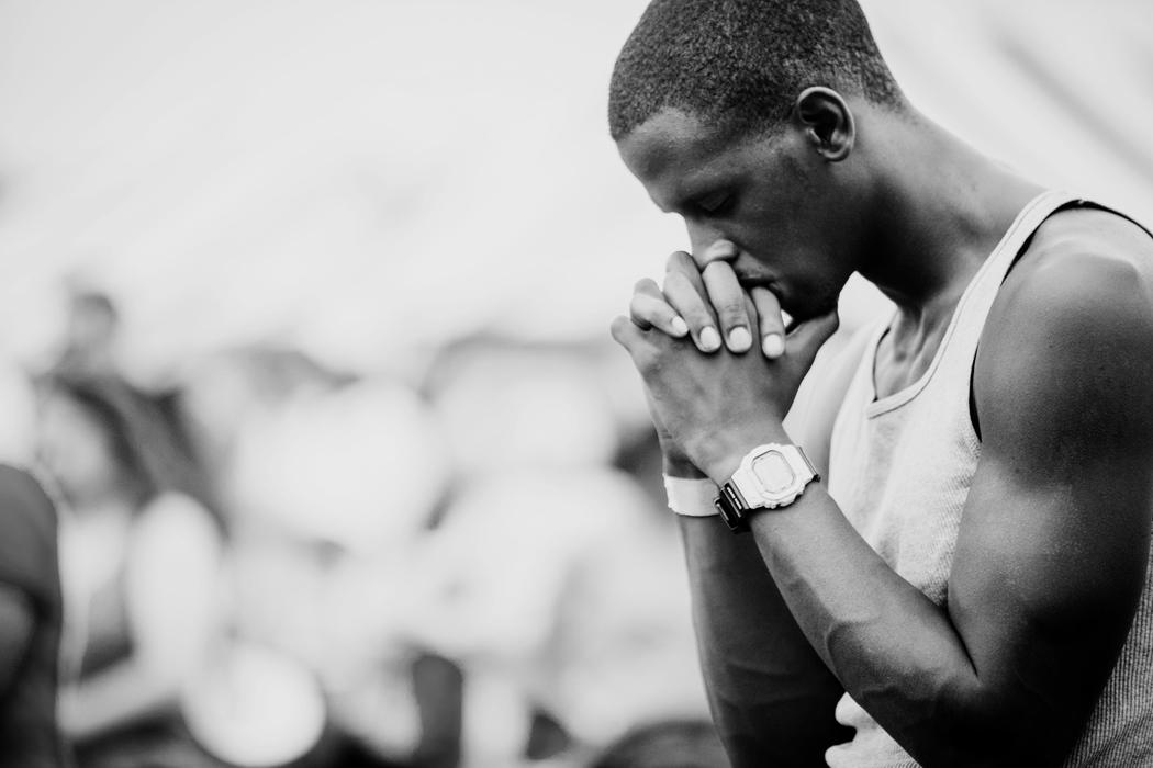Man_Praying.jpeg